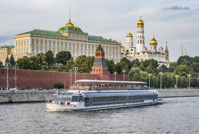 """Прогулка на теплоходе """"Ривер Палас"""" по Москве-реке без питания"""