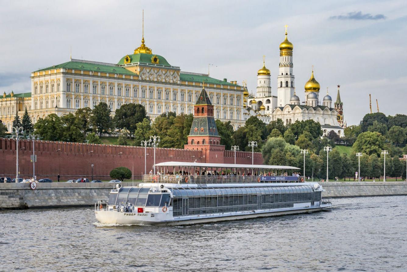 """Аренда теплохода """"Ривер Палас (River Palace)"""" в Москве"""